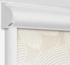 Рулонные кассетные шторы УНИ - Ницца бежевый на пластиковые окна